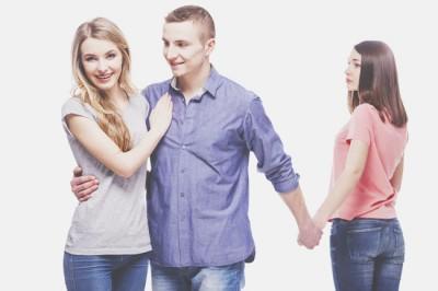 二重まぶたのラインでわかる正妻or愛人タイプ