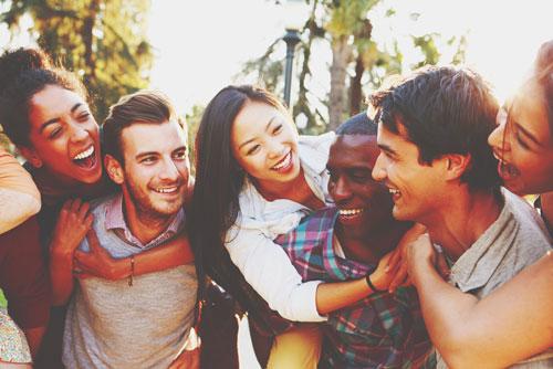 【12月の開運方位】ラッキー方位は「北」穏やかで円満な人間関係を築ける!