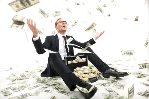 「あなたが大金を手にする時期」を予言の帝王ジョン・フローリーが伝えます!