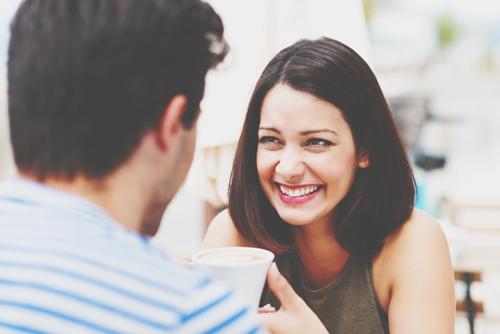 早口は人から信頼される!? 自分の価値を高めてコミュニケーションを円滑にする方法